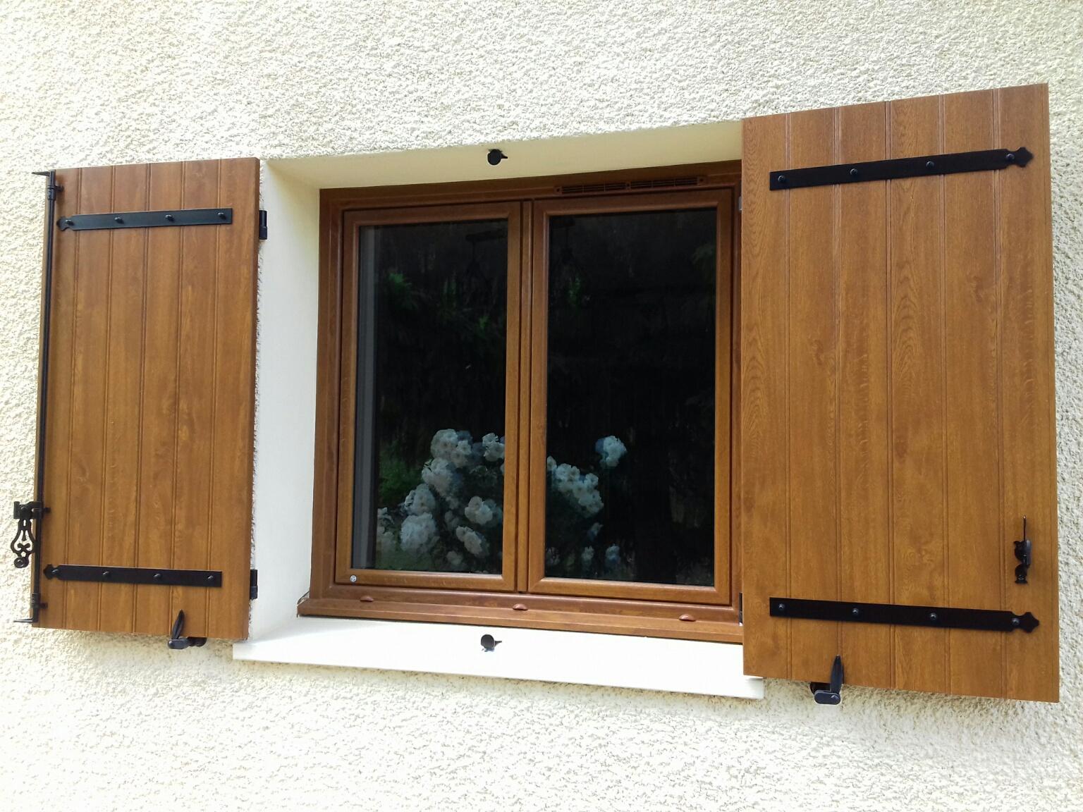 R nover une porte d entr e en bois - Comment regler une porte d entree en bois ...